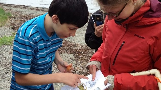 SEANET student and Anna Farrell Crab Chart